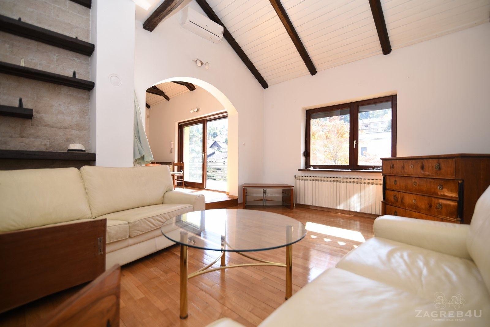 Zagreb - Mlinovi - kuća za najam (200 m2) 7 soba + garaža i 3 parkinga