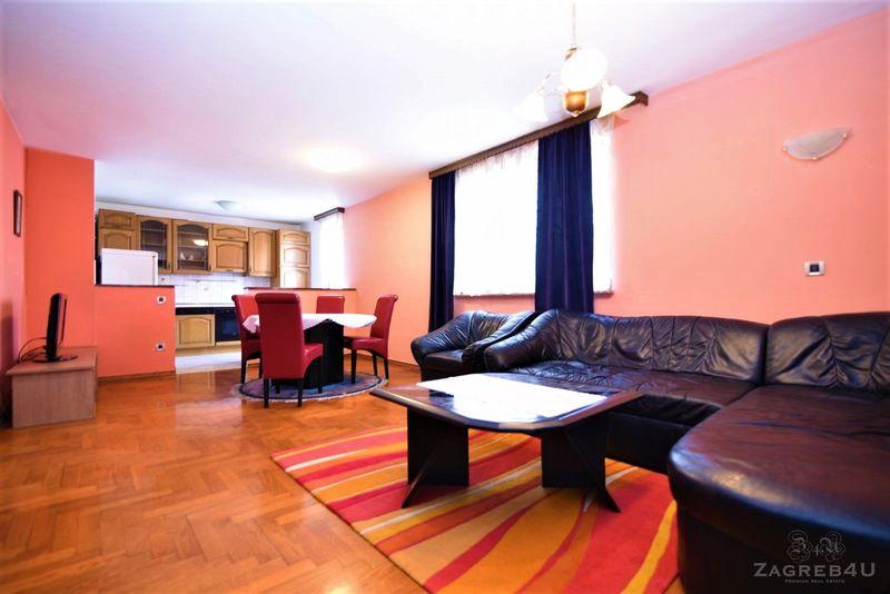 Prostrani 3-sobni stan (92 m2) kod Jaruna sa parkingom i balkonom