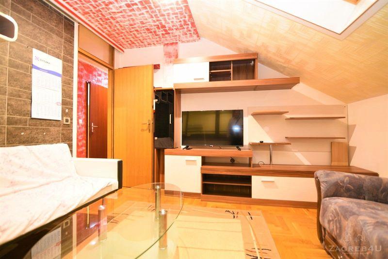 Namješteni 2-sobni stan kod Jaruna (68 m2) sa parkingom