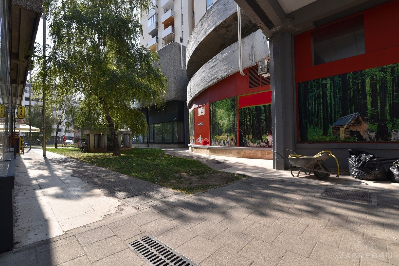 Zagreb - Dubrava - Lokal za zakup - Avenija Dubrava 242m2