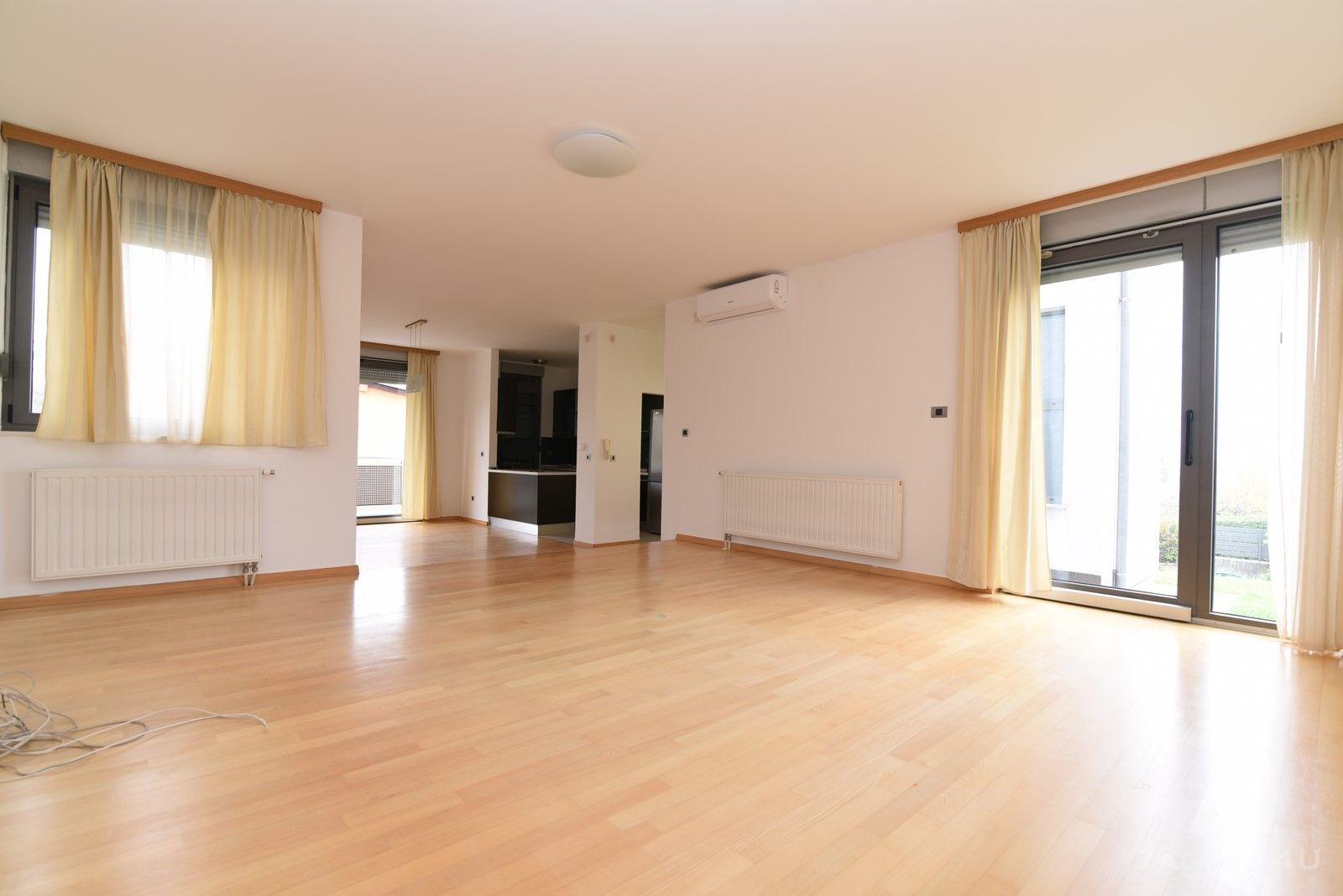 Zagreb - Gospočak - obiteljska kuća za najam (330 m2) sa garažom