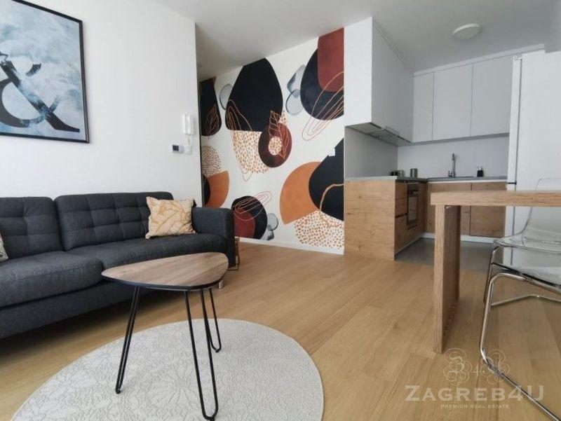 Potpuno novi funkcionalan i dizajnerski uređen stan 43 m2 u Dugavama