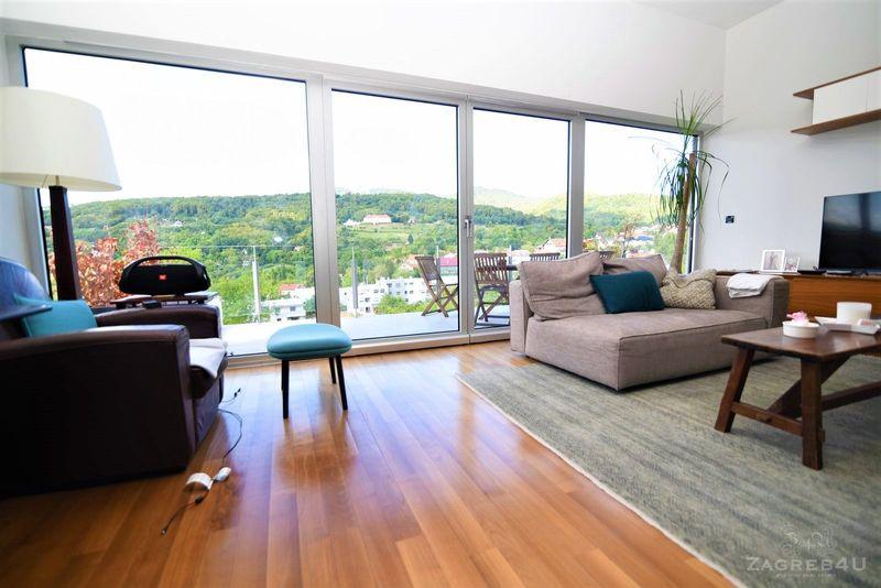 Luksuzni 3-sobni stan (102 m2) na Šestinama sa prelijepim pogledom