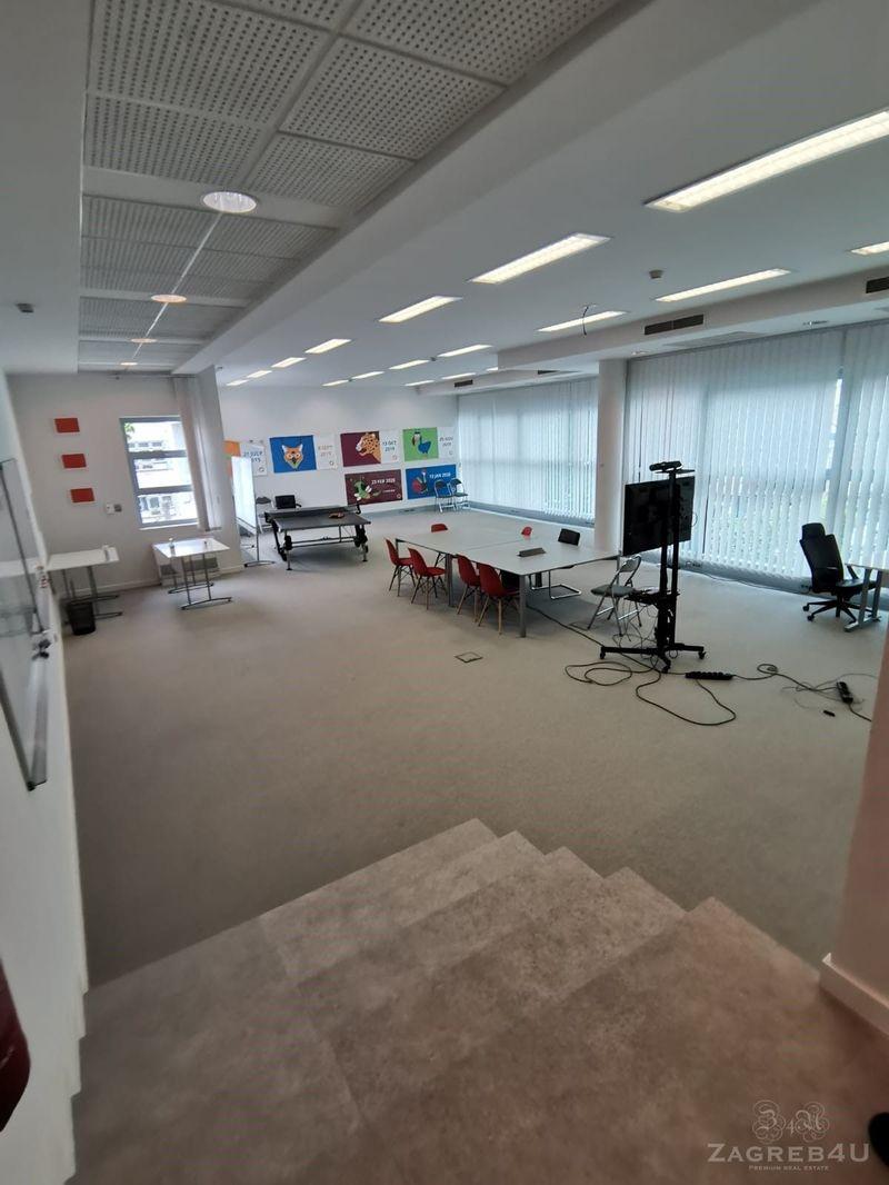 Odličan poslovni prostor u centru - 370m2