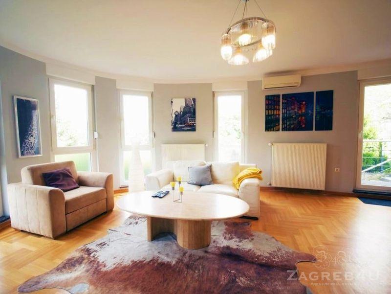 Trosoban stan 80 m2 na atraktivnoj lokaciji sa vrtom u Šestinama