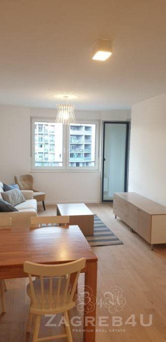 Dvosobni stan 55 m2 u novogradnji sa parkirnim mjestom Borovje