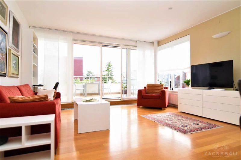 Prekrasni 2-sobni stan (60m2) sa terasom (15m2) i garažom - Srebrnjak