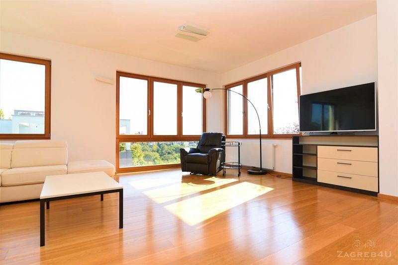 Prekrasni 4-sobni stan (142 m2) sa garažom i vrtom - Jelenovac