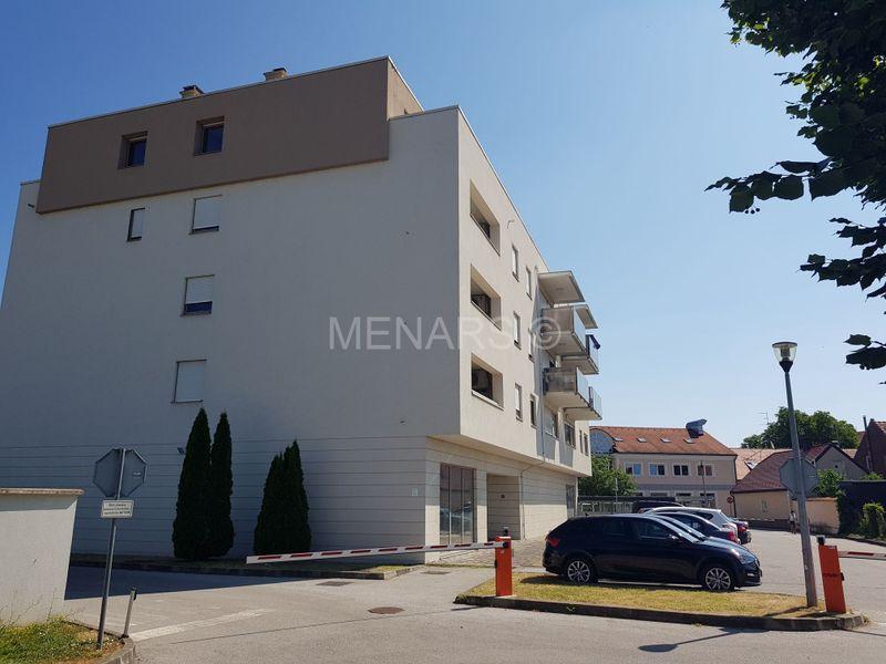 POSLOVNI PROSTOR 408,50 m2, NOVIJA ZGRADA - PRIZEMLJE, CENTAR ,ZAKUP