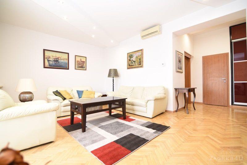 Odličan trosoban stan za najam 100 m2 sa terasom Bukovačka