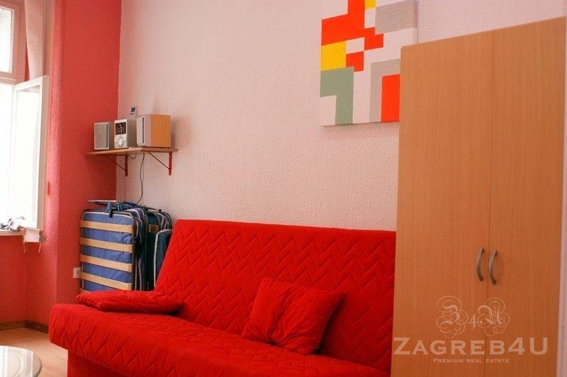 Zagreb - Centar - stan za najam Radićeva