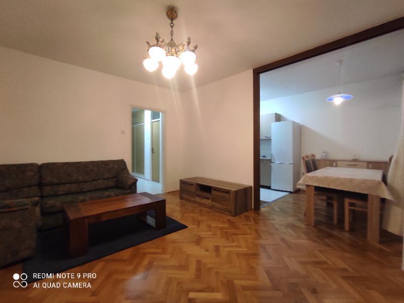 Stan 2S+DB, 70 m2, 350 EUR/mj, Rijeka, Gornja Vežica