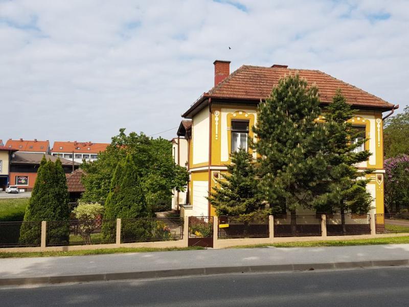 Stan, 50 m2, 300 EUR/mj, Čakovec, Centar