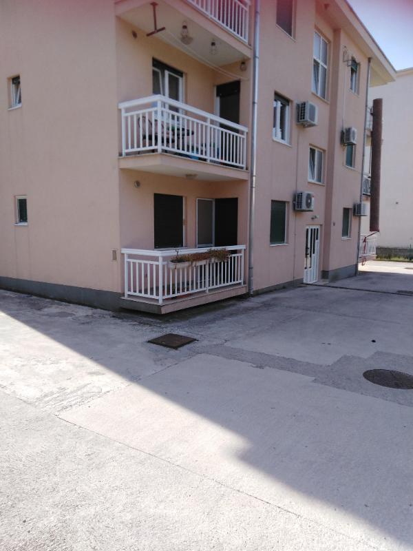 Stan, 45 m2, Kaštela, Kaštel Lukšić