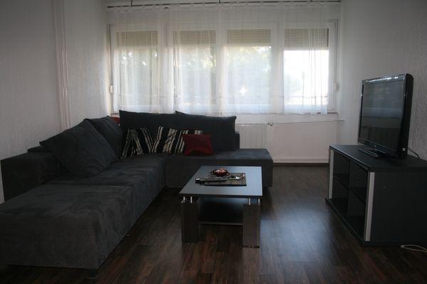 Stan, 82 m2, 400 EUR/mj, Rijeka, Rastočine