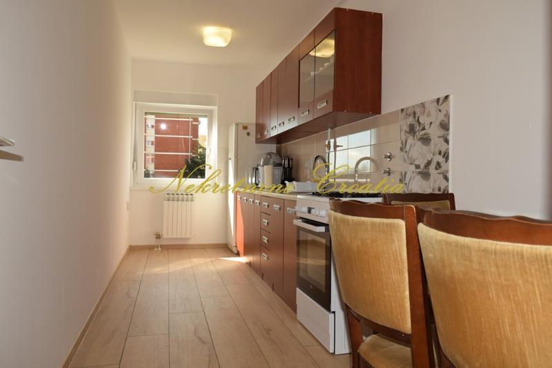 Stan, 77 m2, 580 EUR/mj, Varaždin, Bronx
