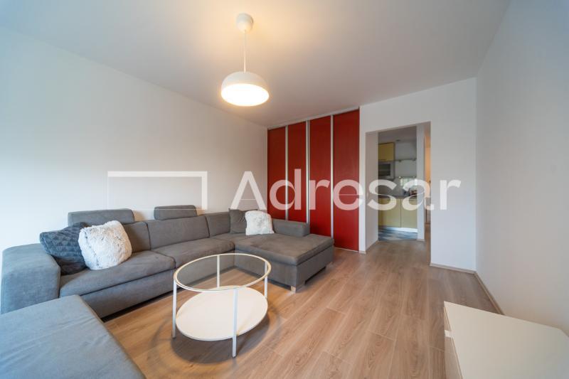 Stan, 60 m2, 600 EUR/mj, Zagreb, Jarun