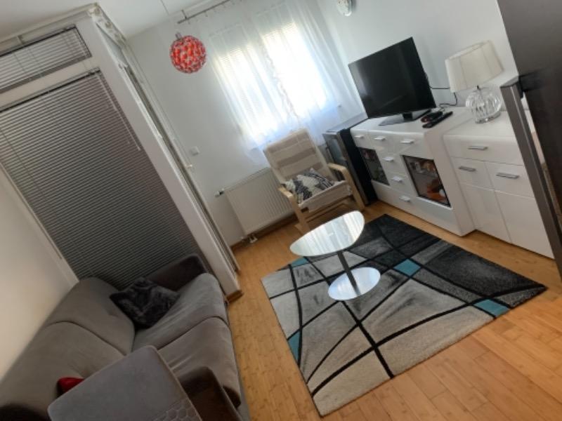 Stan, 40 m2, 500 EUR/mj, Rijeka, Škurinje